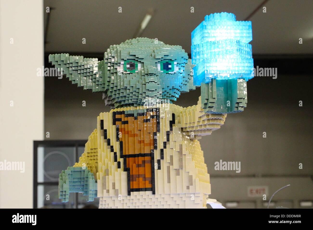 Star wars lego figuren stockfotos star wars lego figuren bilder alamy - Maitre yoda lego ...