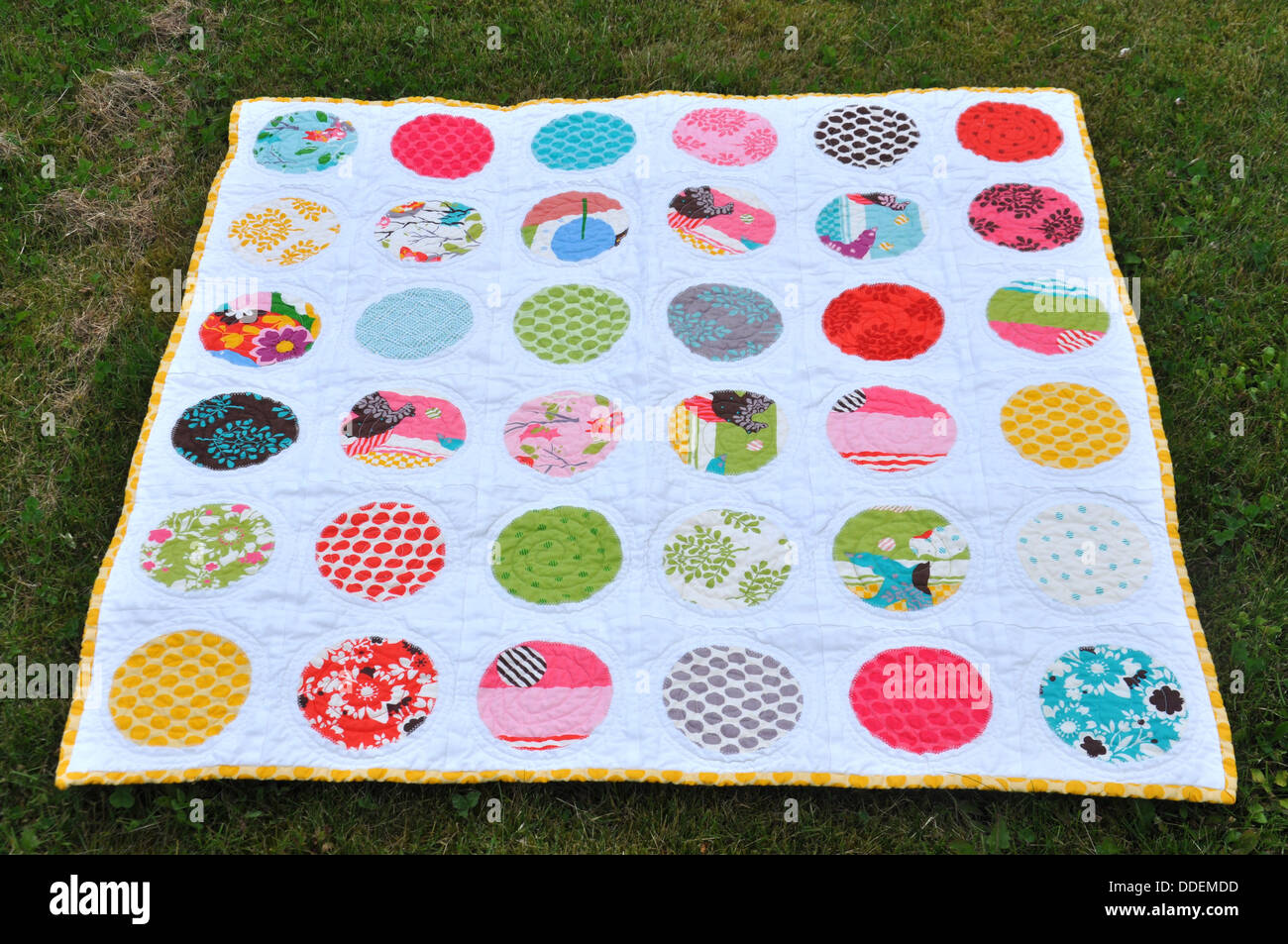 Applique kreise baby quilt stockfoto bild  alamy