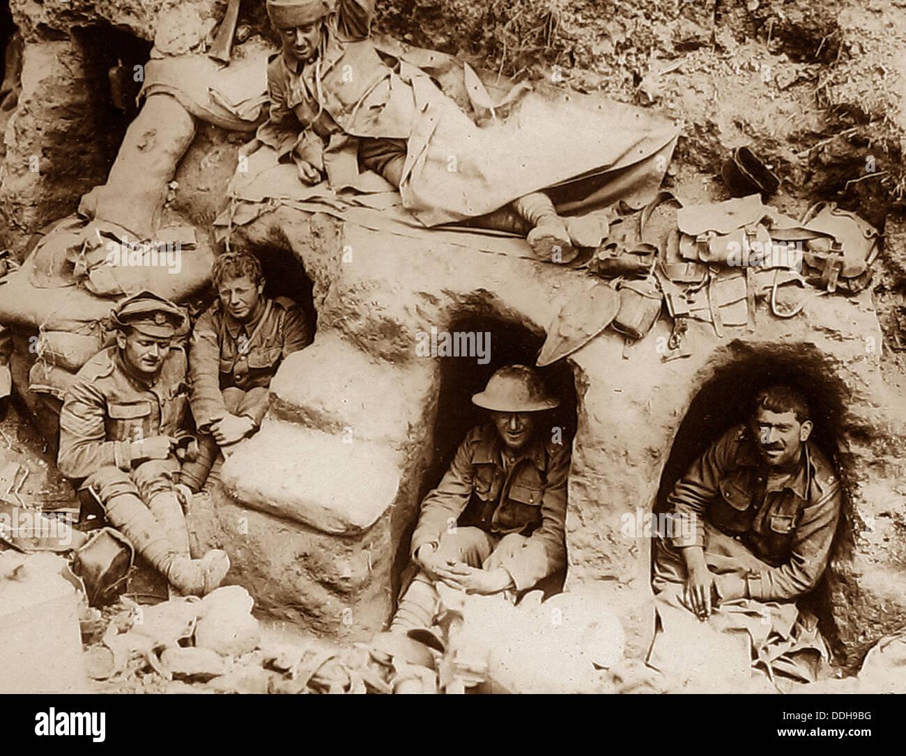 Britische Truppen in erbeuteten deutschen Einbäume während WW1 Stockbild
