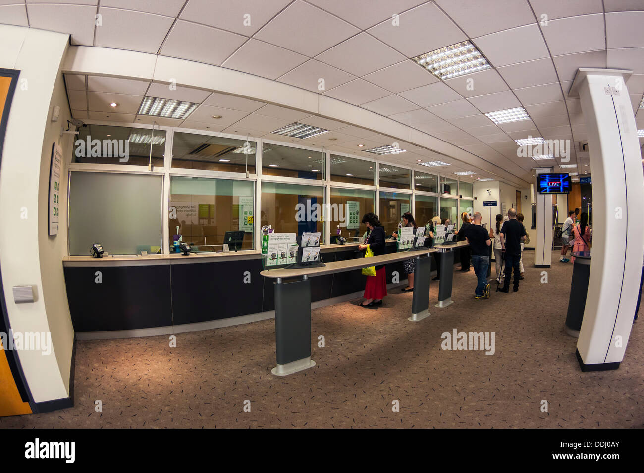 UK Bank Interieur, fisheye-Objektiv Stockfoto, Bild: 60017075 - Alamy