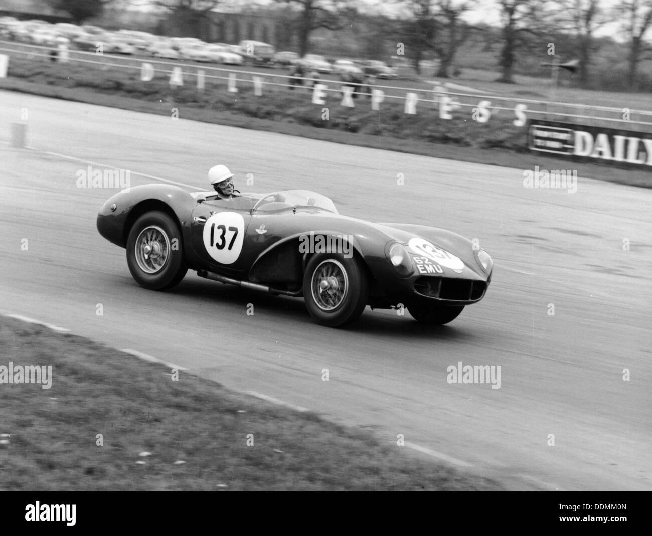 M Ward racing ein 1955 Aston Martin DB3S, Silverstone, 1962. Stockbild