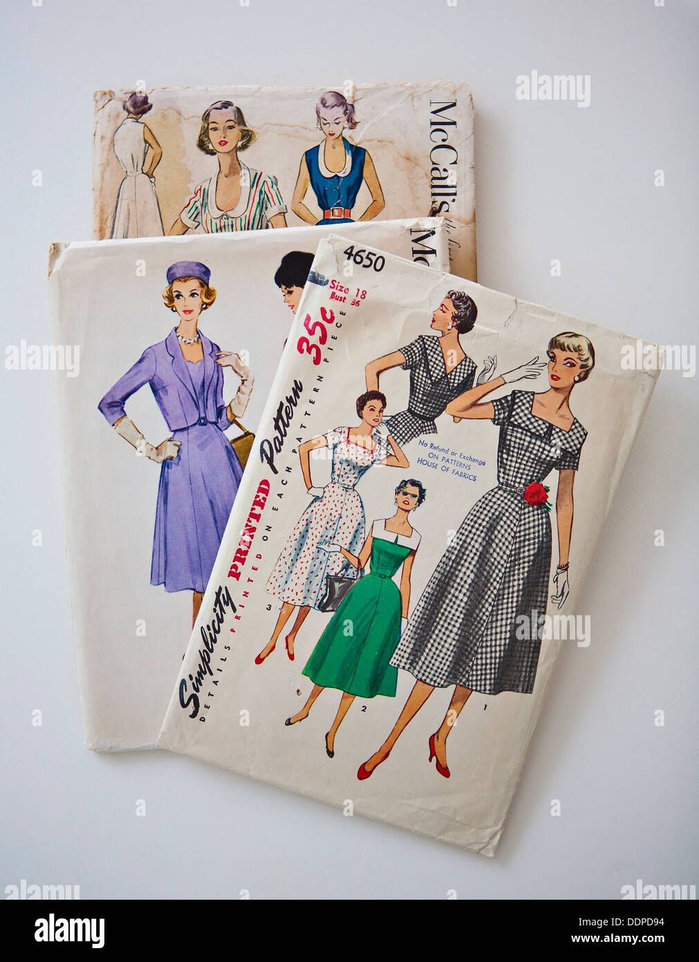 Sewing Patterns Stockfotos & Sewing Patterns Bilder - Alamy