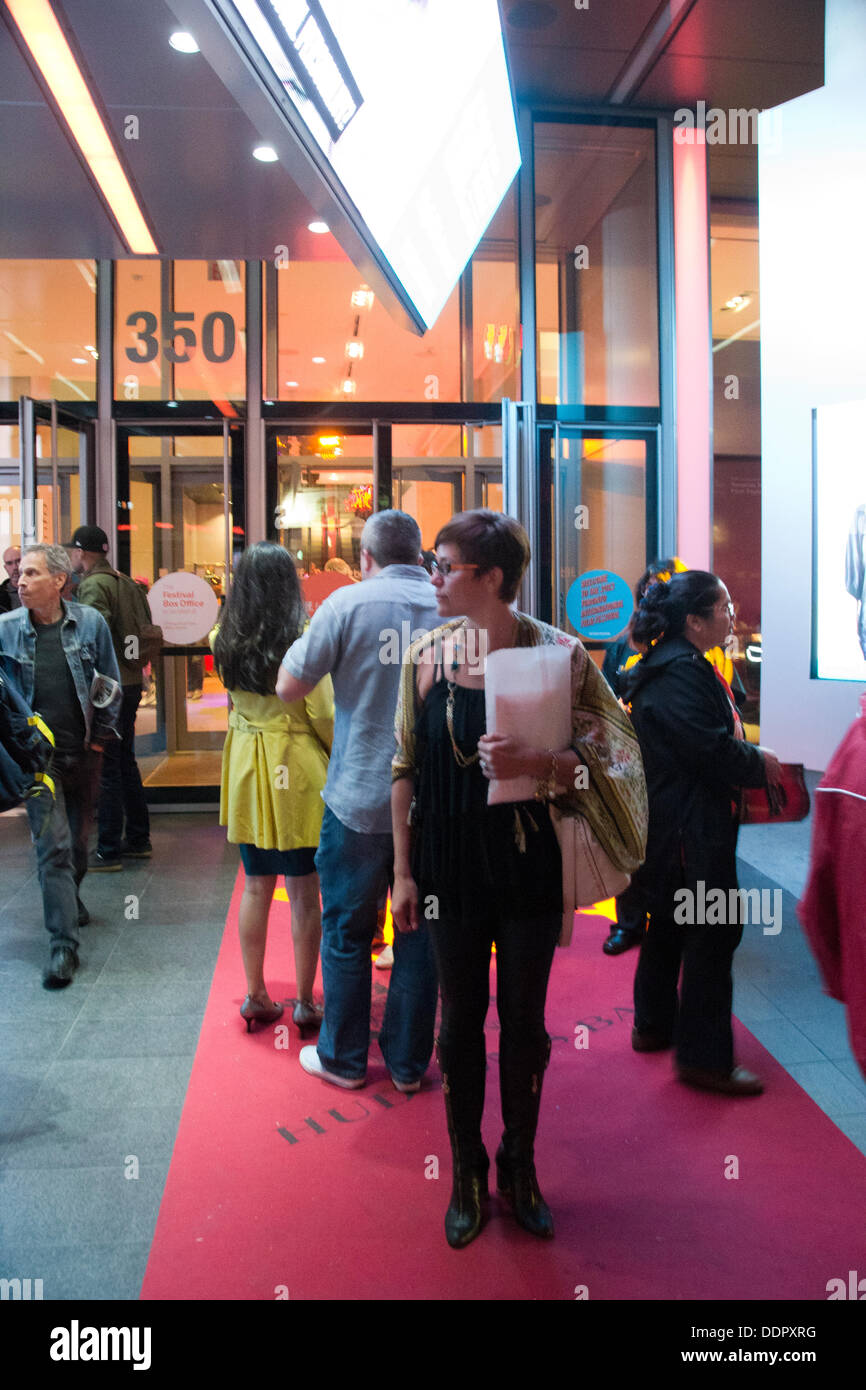 """Toronto, Kanada. 05. Sep, 2013. TIFF ist heute eines der renommiertesten Veranstaltungen dieser Art in der Welt. Die Entscheidung fiel im Jahre 1994 den Namen """"Festival der Festivals"""" mit """"Toronto International Film Festival"""" zu ersetzen. Bildnachweis: Nisarg Fotografie/Alamy Live-Nachrichten Stockbild"""