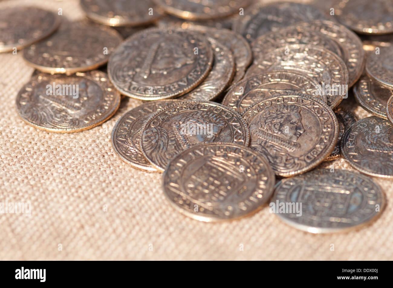 Reenactment Mittelalter Kopie Der Antike Münzen Stockfoto Bild
