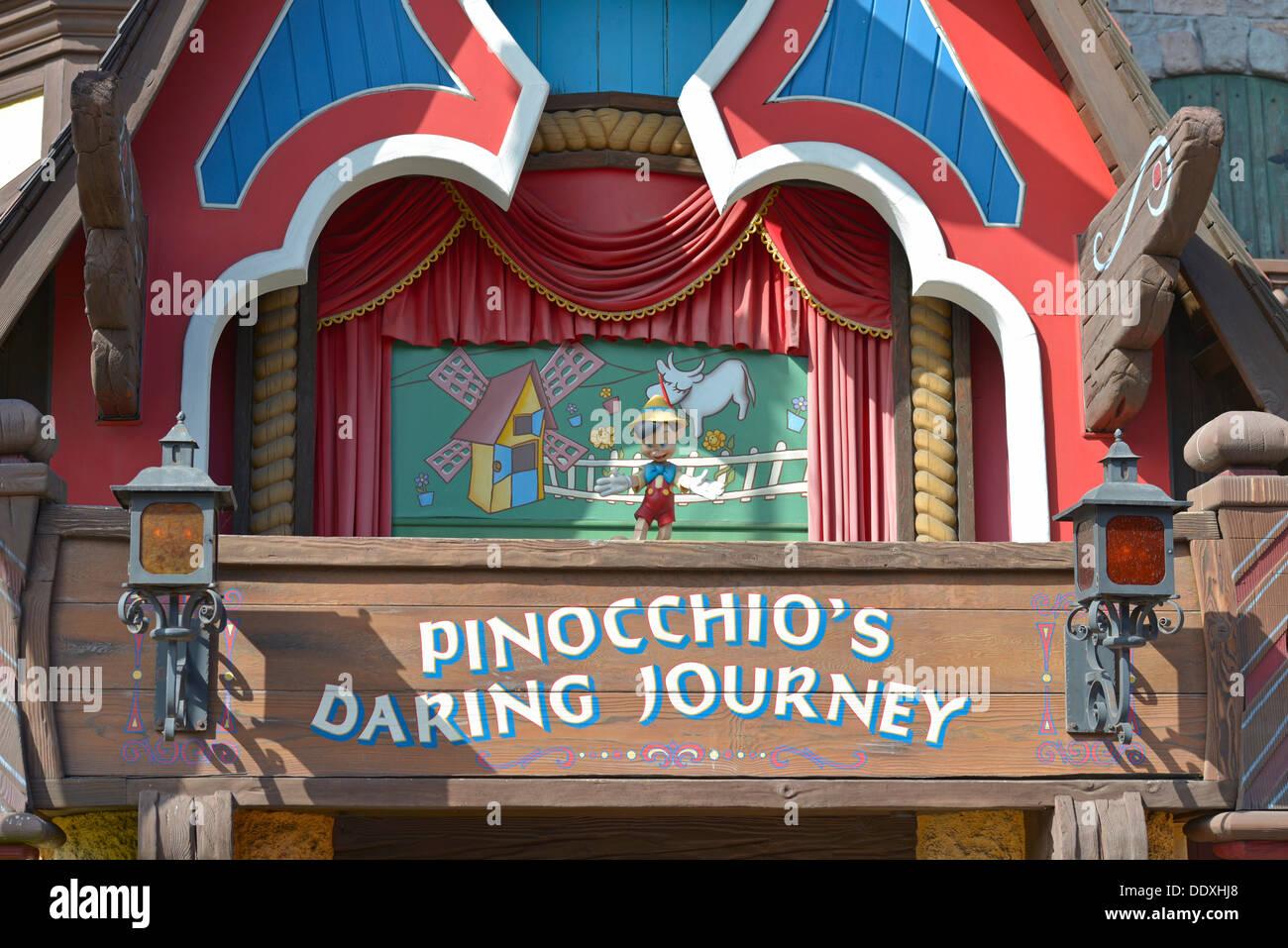 Pinocchios gewagte Reise, Pinocchio Fahrt, Disneyland, Anaheim, Kalifornien Stockbild