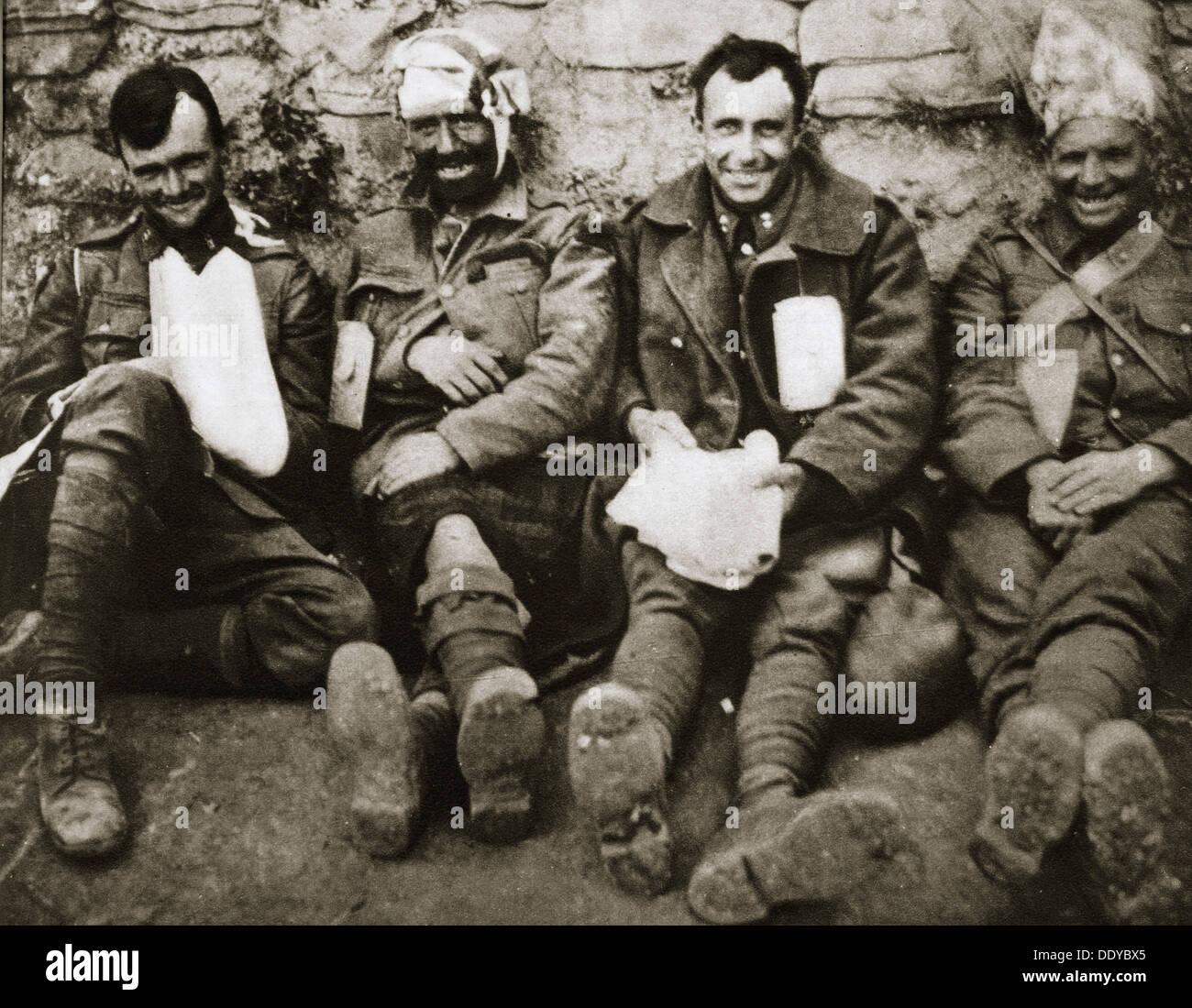 """""""Es ist ein langer Weg zu Tipperary"""", irische Truppen bei Gallipoli, Türkei, Weltkrieg, c1915-c1916. Künstler: unbekannt Stockfoto"""