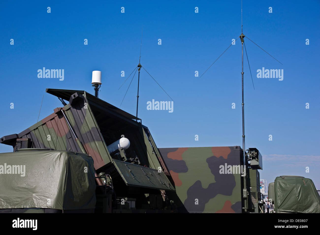 unmanned drone army stockfotos unmanned drone army bilder alamy. Black Bedroom Furniture Sets. Home Design Ideas