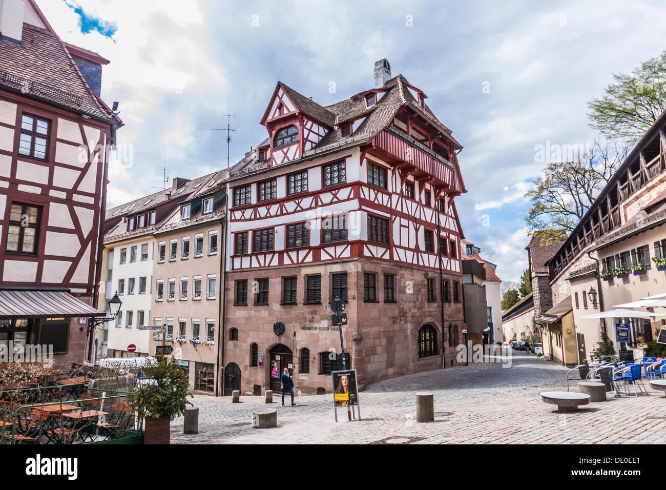 Albrecht-Dürer-Haus Gebäude am Tiergaertnertorplatz Platz, Nürnberg ...