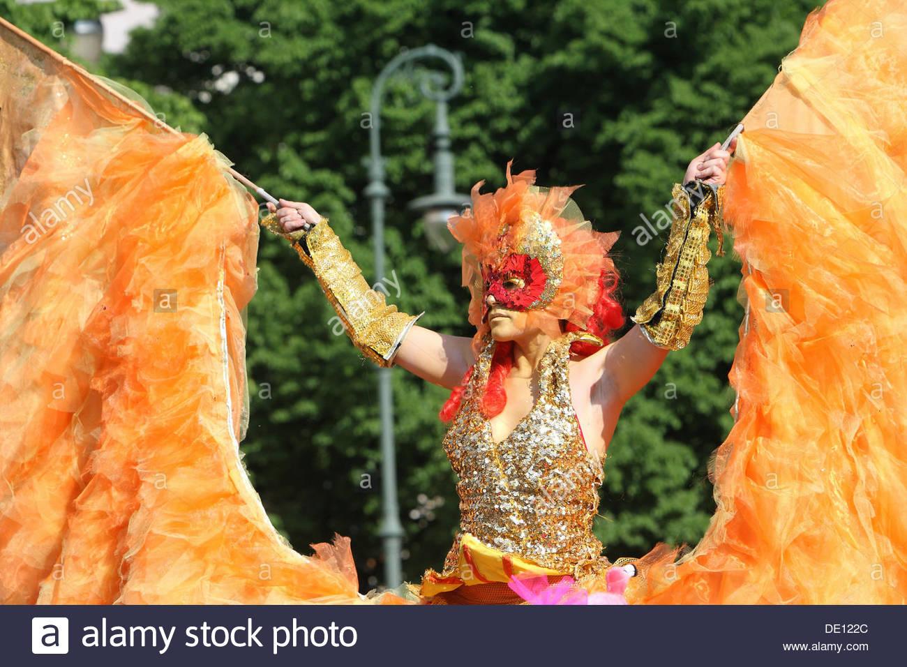 Tänzerin, Karneval der Kulturen, Berlin Stockbild