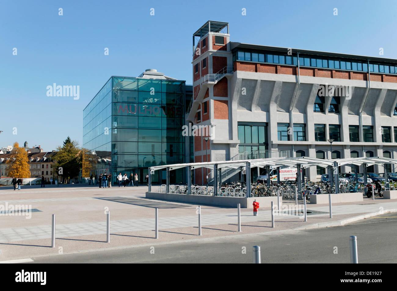 La Fonderie, Mulhouse Universität errichtet in einer alten Gießerei, Elsass, Frankreich, Europa Stockbild
