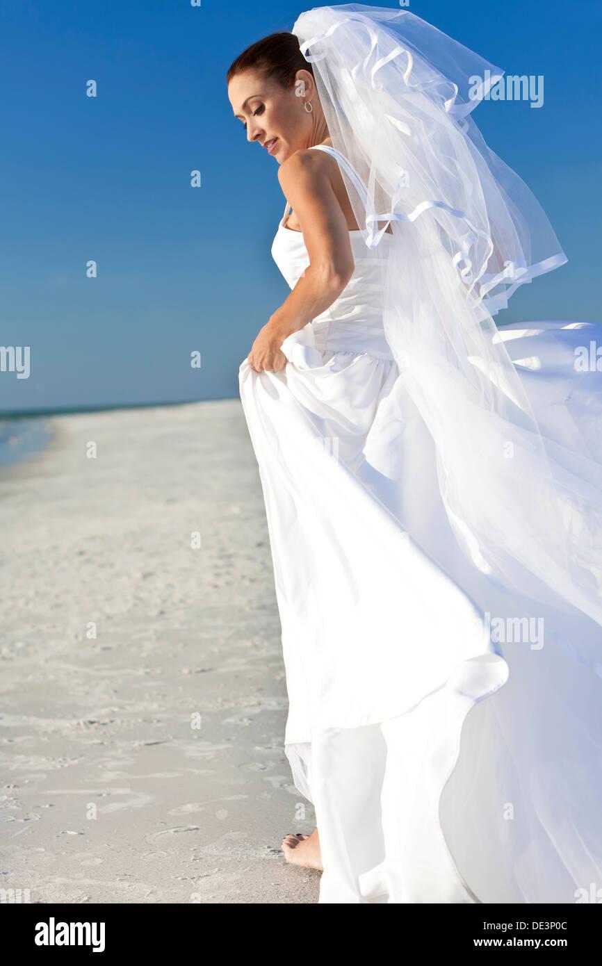 Großzügig Sommer Brautkleider Für Den Strand Ideen - Hochzeit Kleid ...