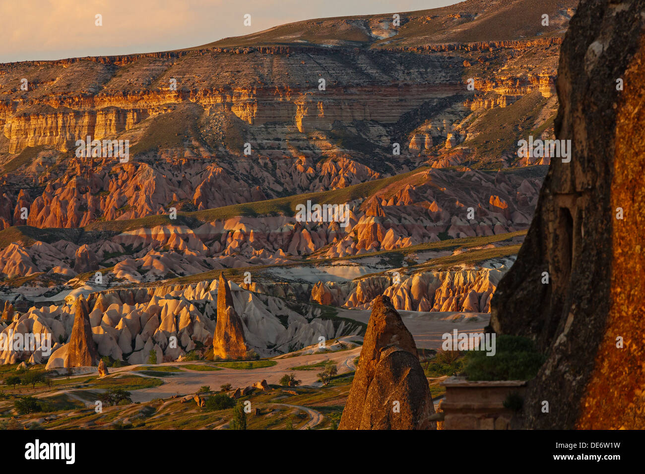 Rosa Tal - ein Sonnenuntergang von Göreme, Kappadokien, Türkei Stockbild