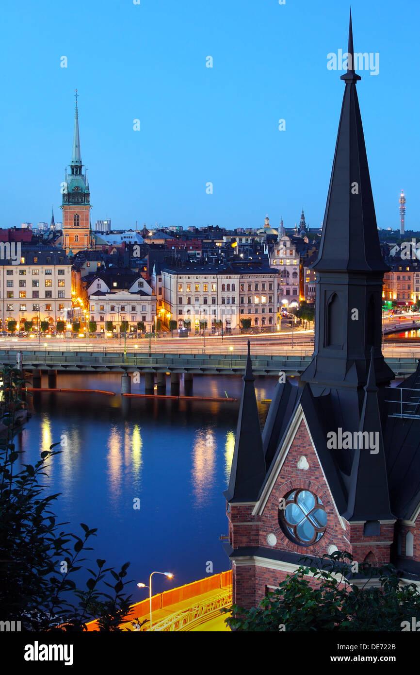 Nachtansicht der alten Stadt Stockholm Stockbild