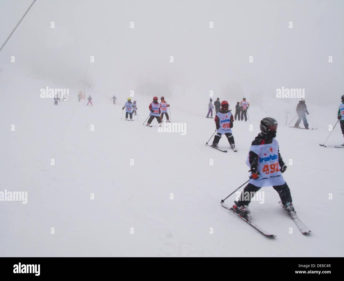 Tamarro Rennen. Beliebten Wettbewerb. Skigebiet von Espot. Katalanische Pyrenäen. Espot. Pallars Sobira. Lleida Stockfoto