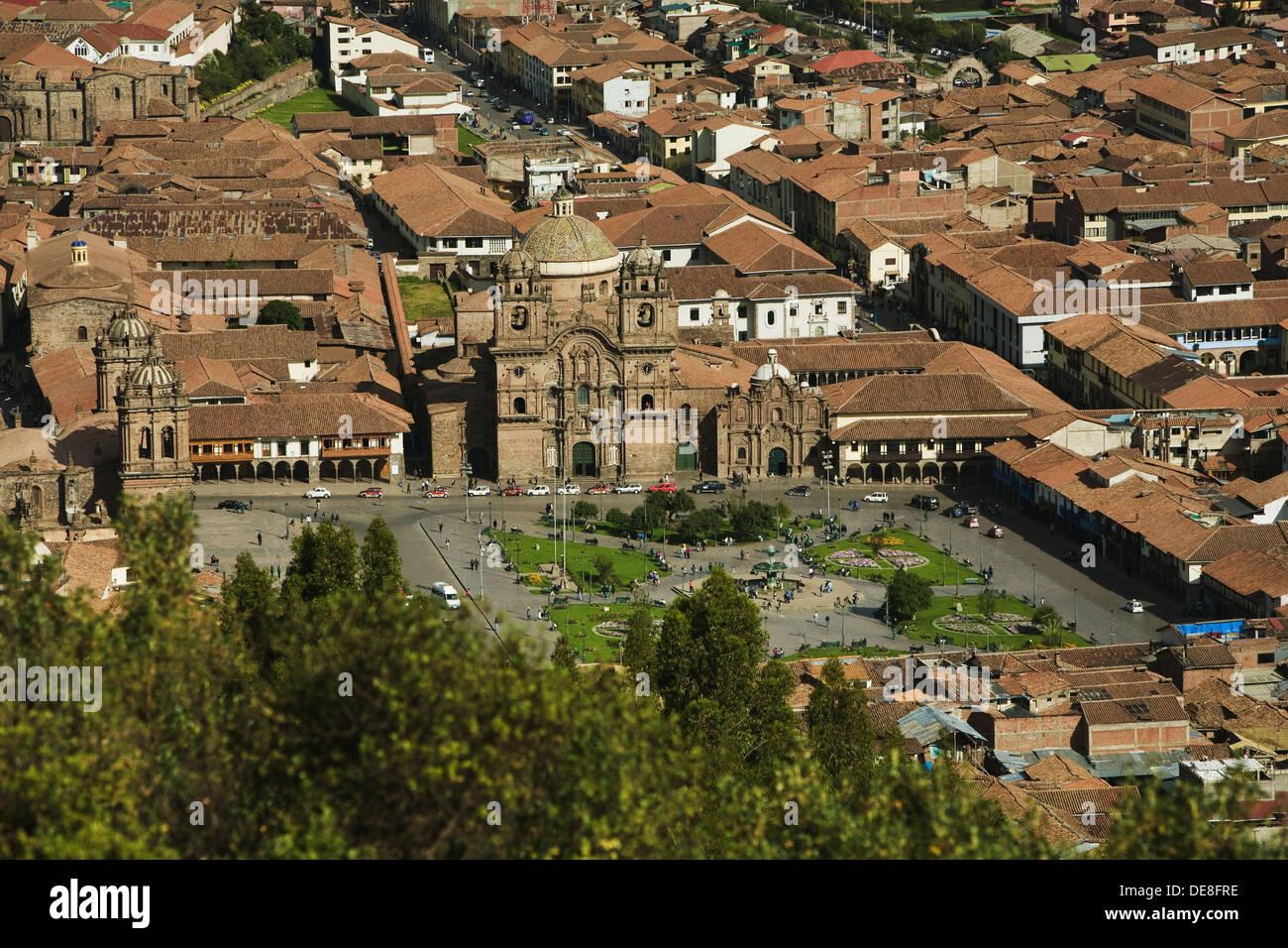 Kathedrale und die Kirche der Gesellschaft Jesu in Plaza de Armas in Cusco, Peru Stockbild