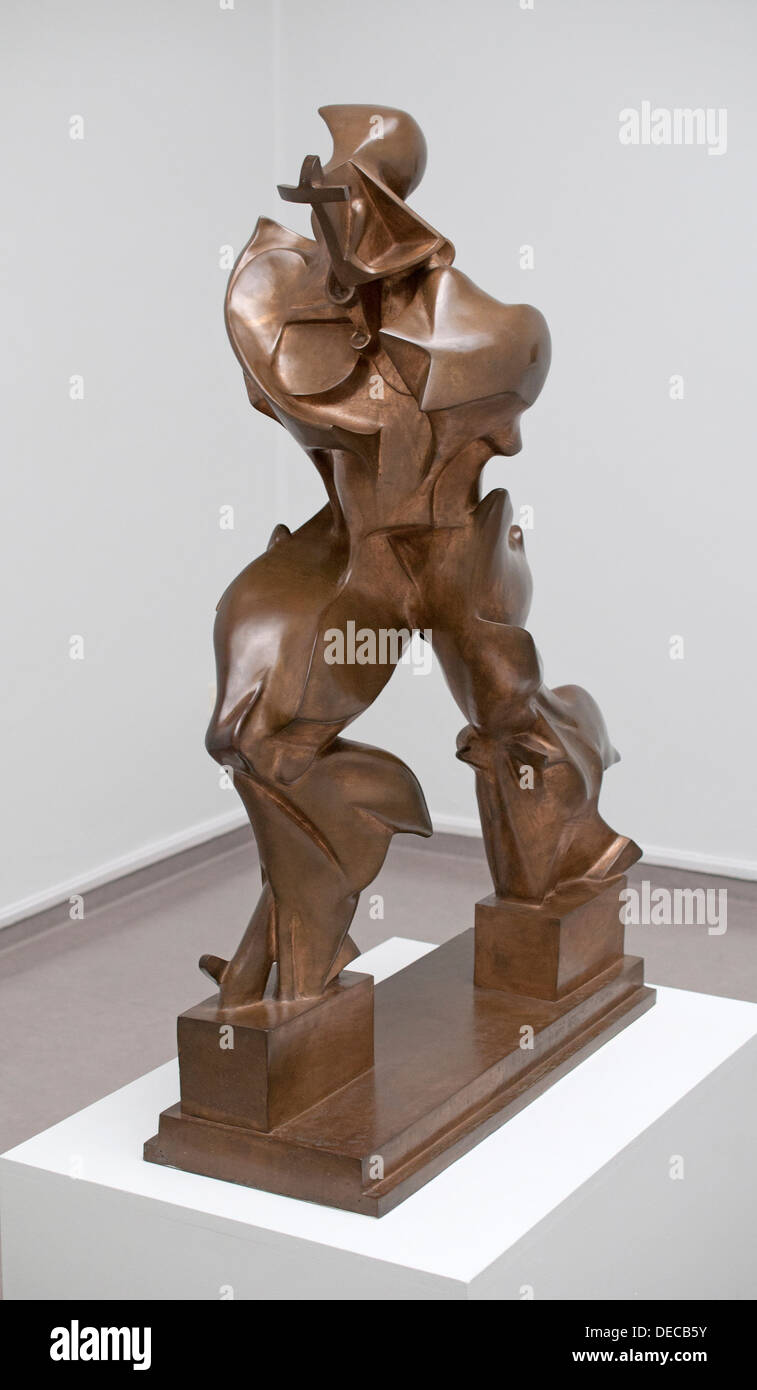 umberto boccioni sculpture stockfotos umberto boccioni sculpture bilder alamy. Black Bedroom Furniture Sets. Home Design Ideas