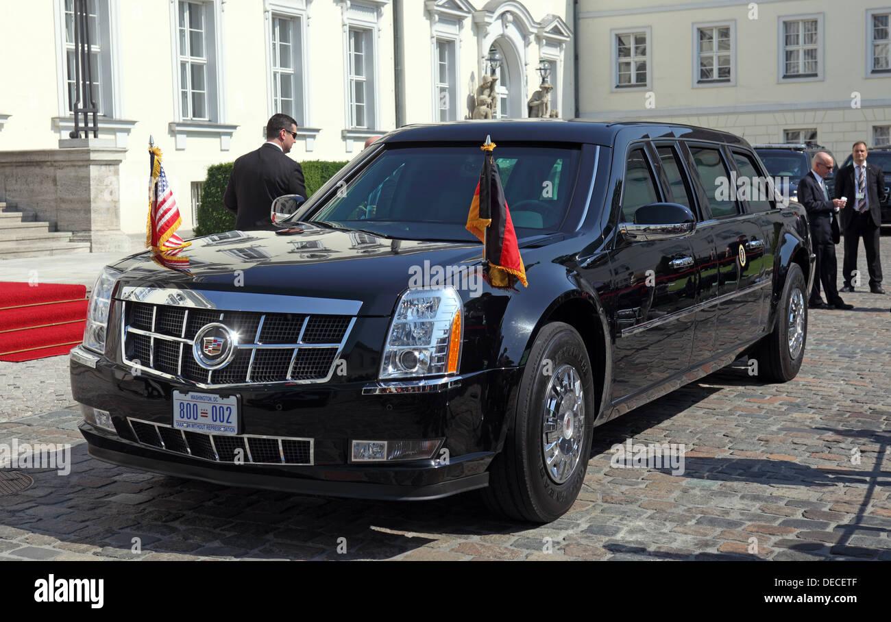 Titanium Cadillac Stockfotos & Titanium Cadillac Bilder - Alamy