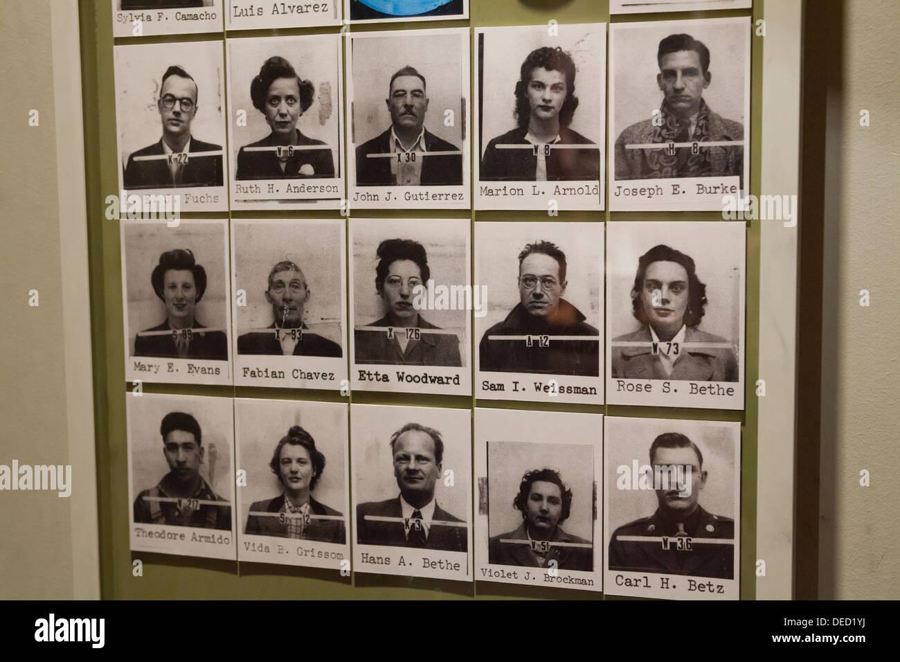 Manhattan-Projekt Wissenschaftler ID Fotos Stockfoto