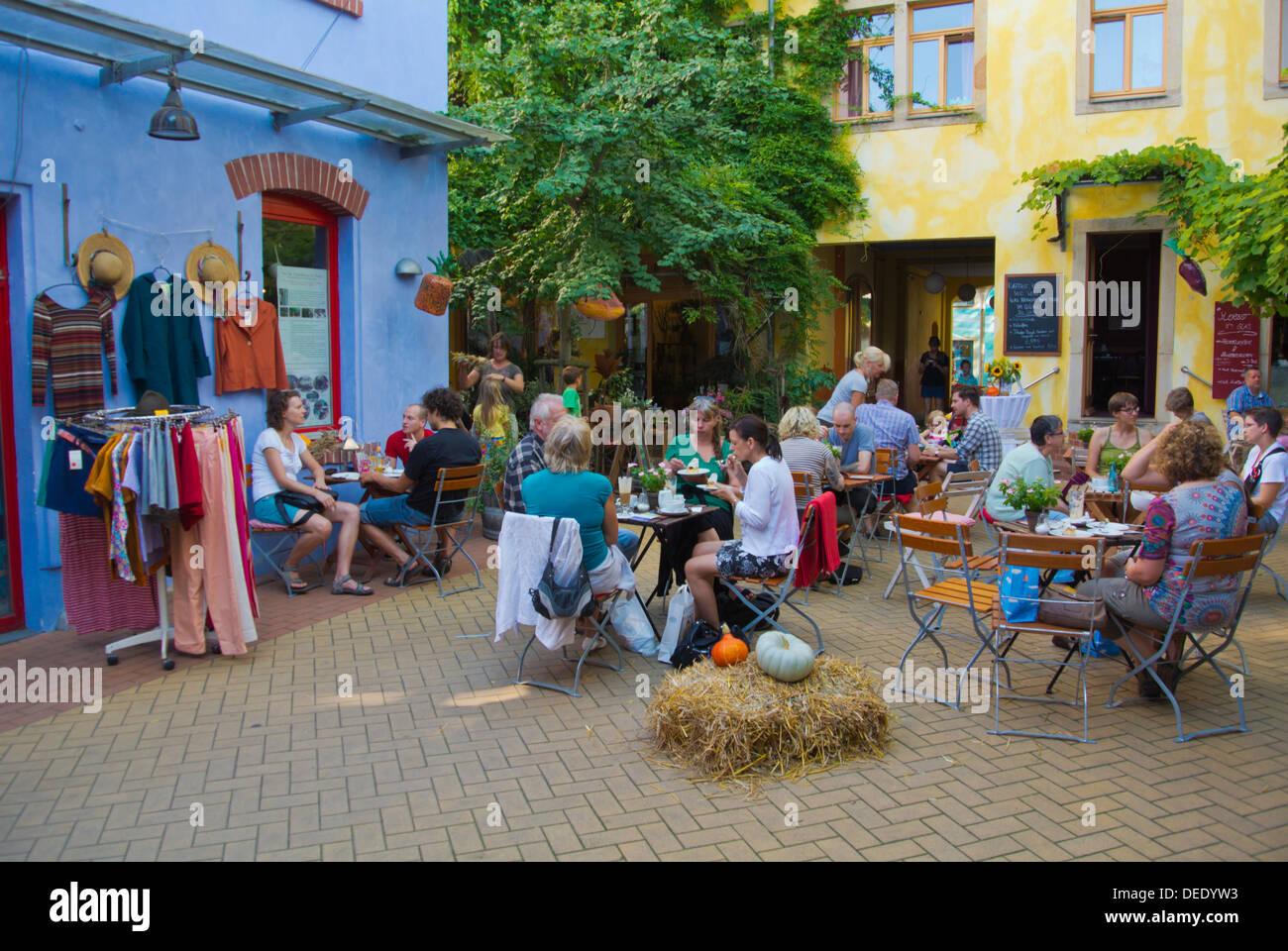 Cafe Restaurant Terrassen Kunsthofpassage Hof Neustadt Dresden Stadt Deutschland Ostmitteleuropa Stockbild