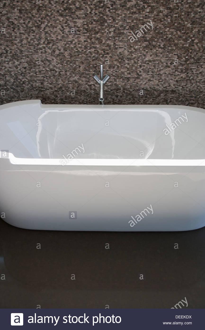 Moderne Badewanne Stockbild