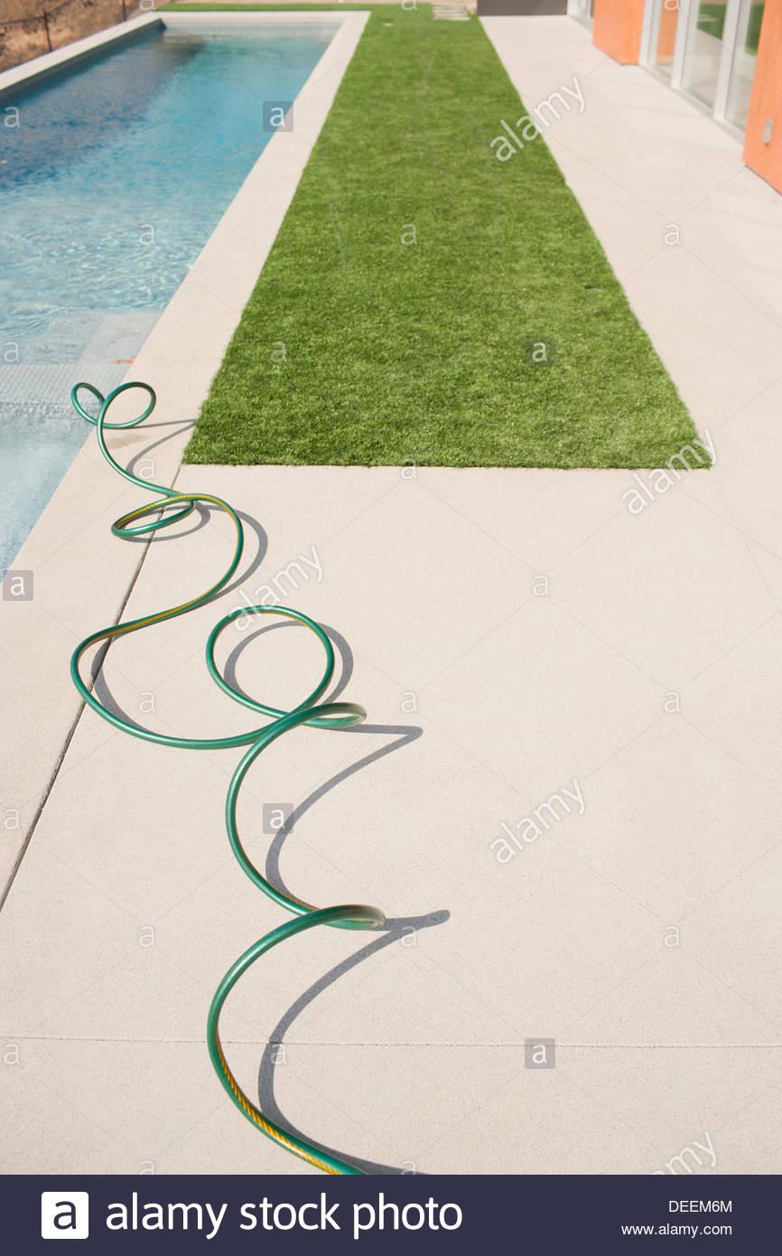 Vogelperspektive Blick auf moderne pool Stockbild