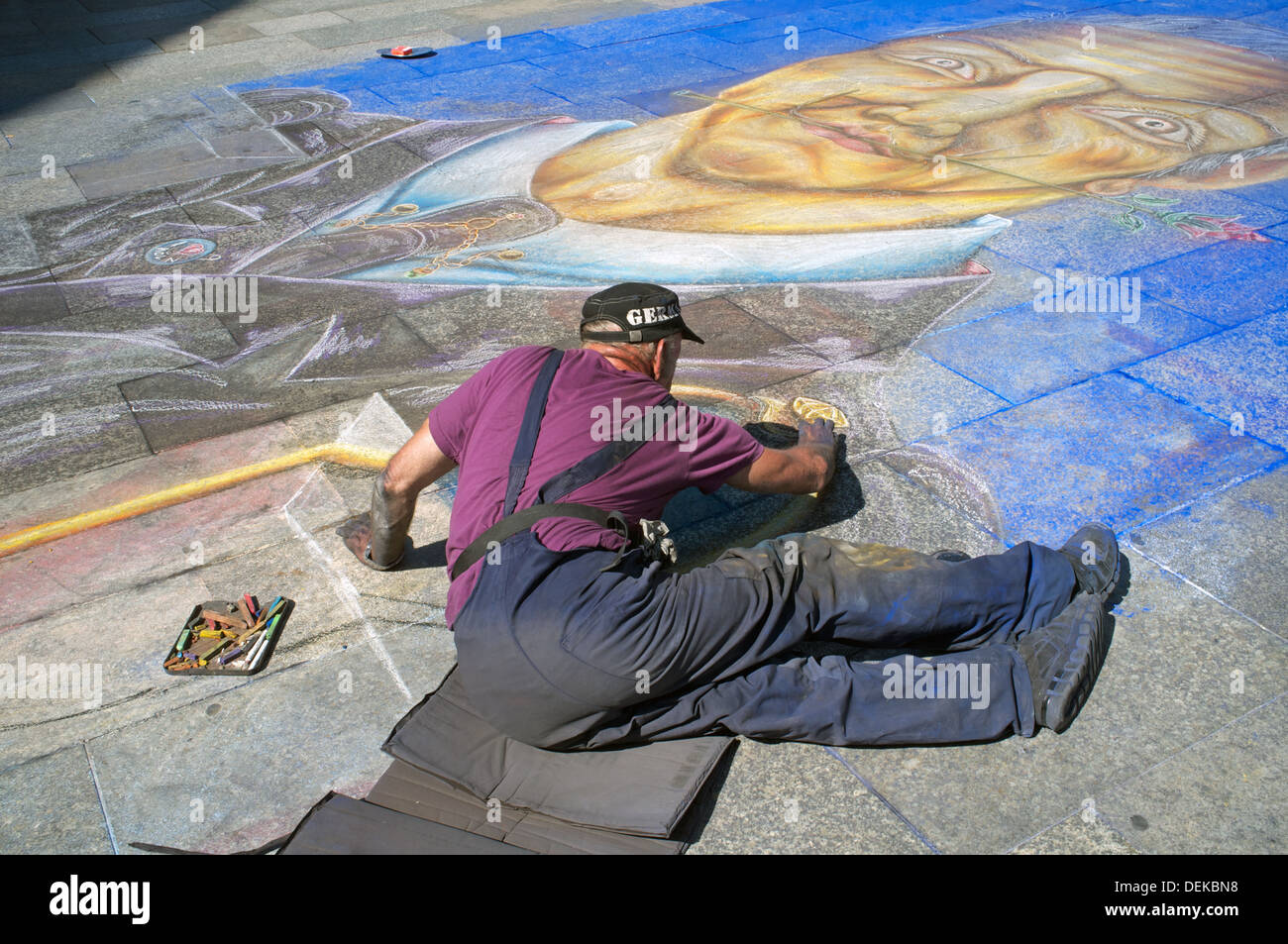 Künstler Köln streetart künstler köln stockfoto bild 60662596 alamy