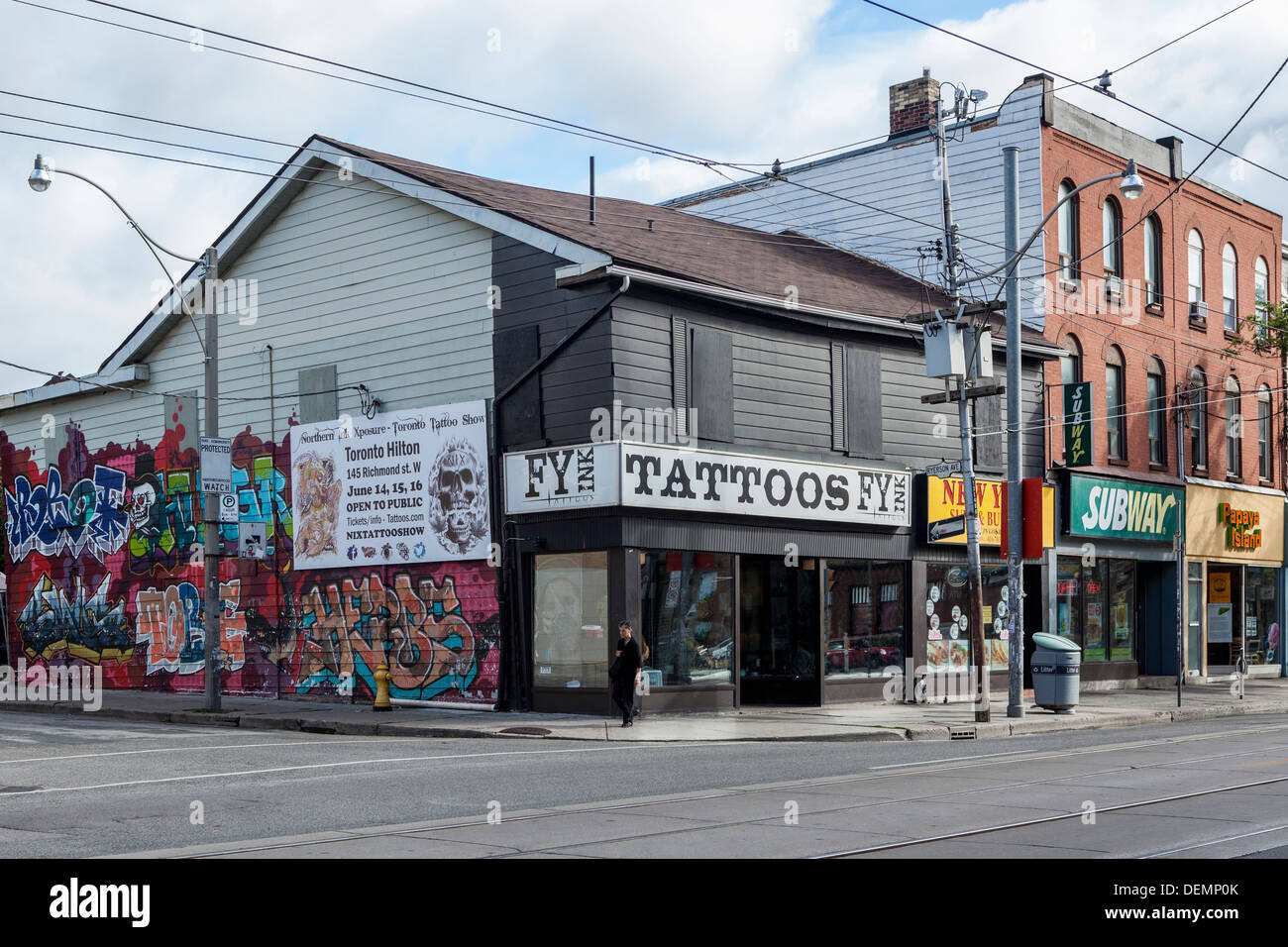 tattoo parlour stockfotos tattoo parlour bilder alamy. Black Bedroom Furniture Sets. Home Design Ideas
