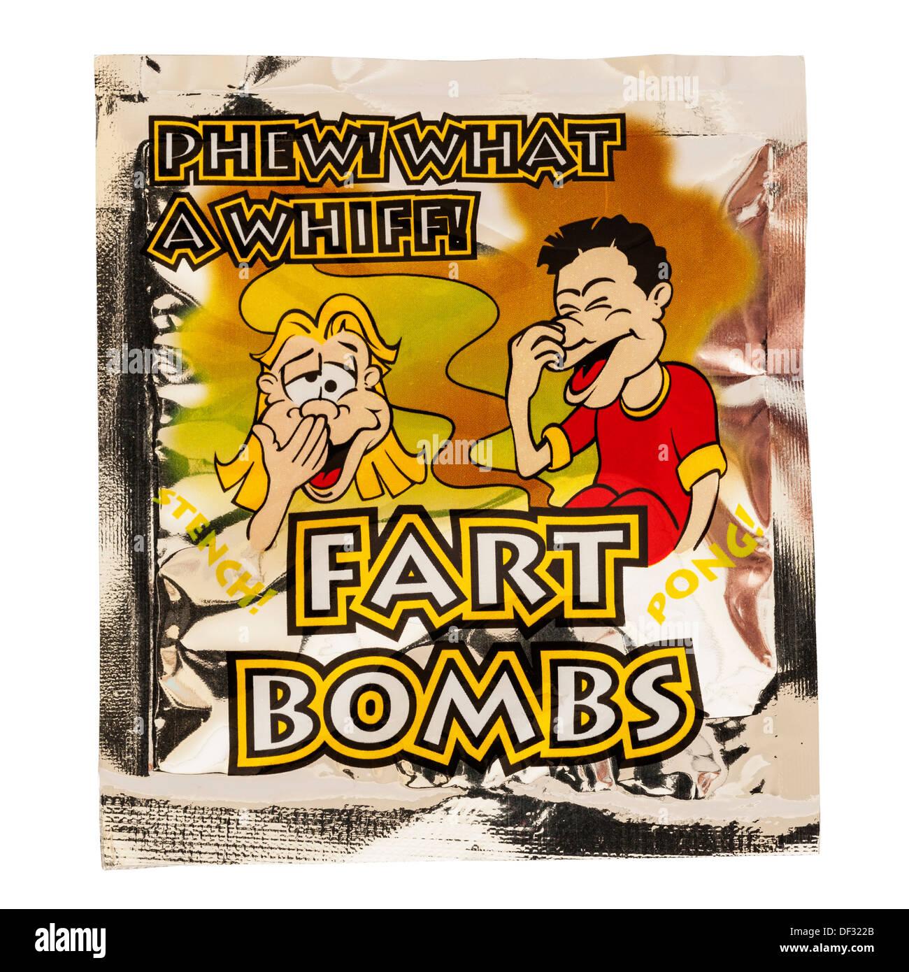 Ein Paket von Furz Bomben auf weißem Hintergrund Stockbild