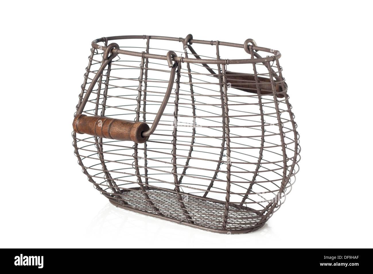 Wire Frame Basket Stockfotos & Wire Frame Basket Bilder - Alamy