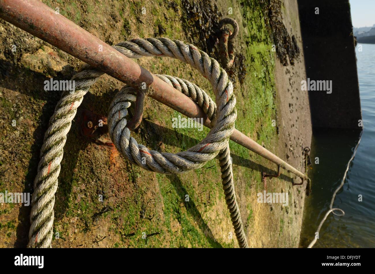 Rope Handrail Stockfotos & Rope Handrail Bilder - Alamy