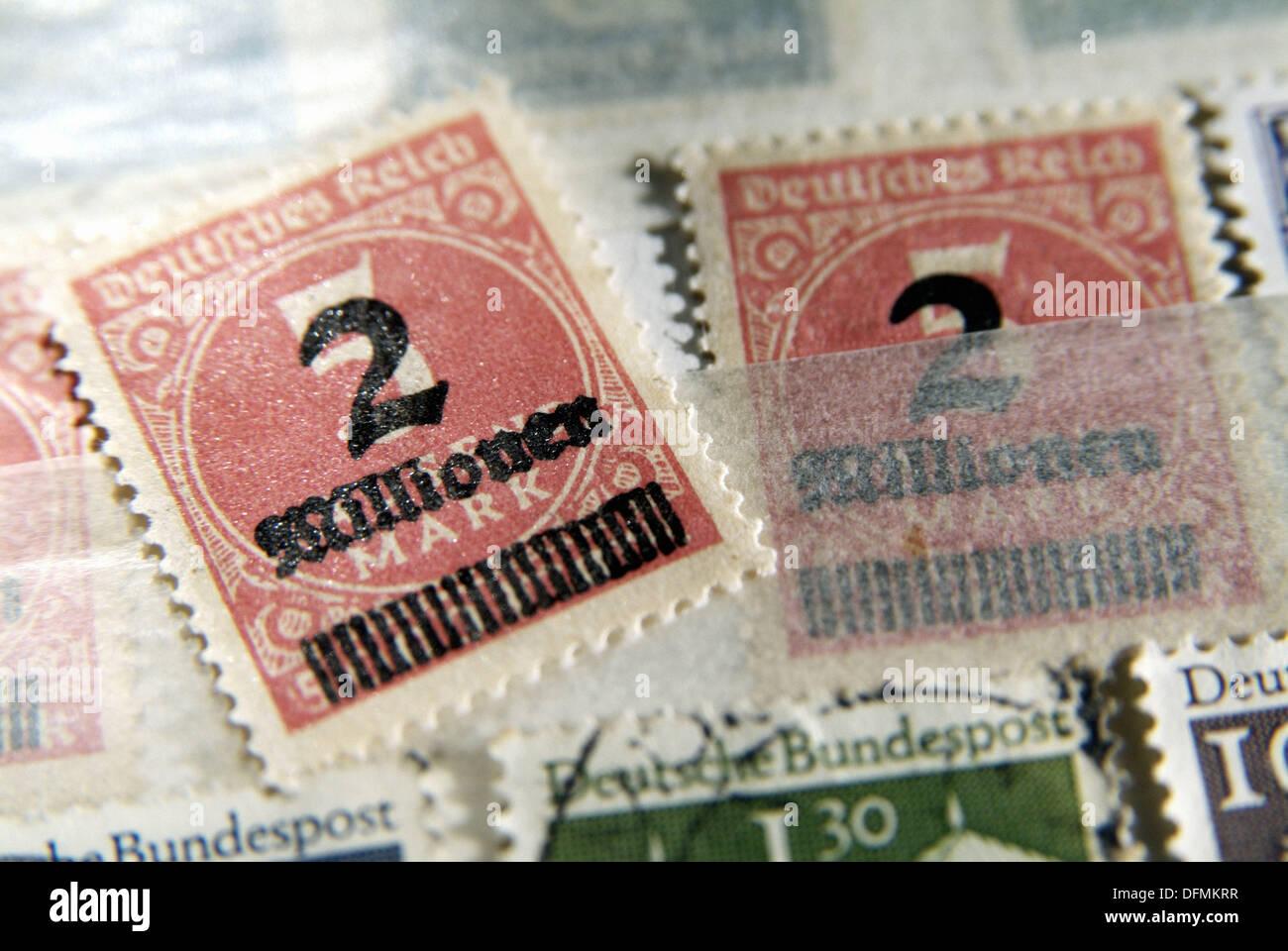 Alte Deutsche Briefmarken Stockfoto Bild 61305547 Alamy