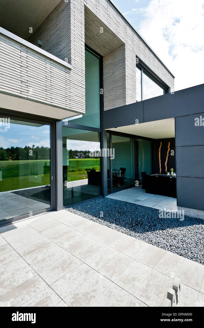 Einfamilienhaus Mit Uberdachter Terrasse Neuenkirchen Nordrhein