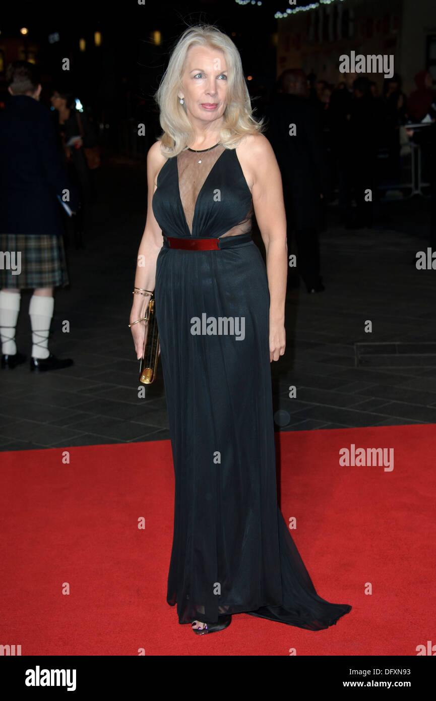 Amanda Nevill kommt für die BFI London Film Festival Europäische Premiere von Kapitän Phillips, in einem zentralen London-Kino. Stockbild