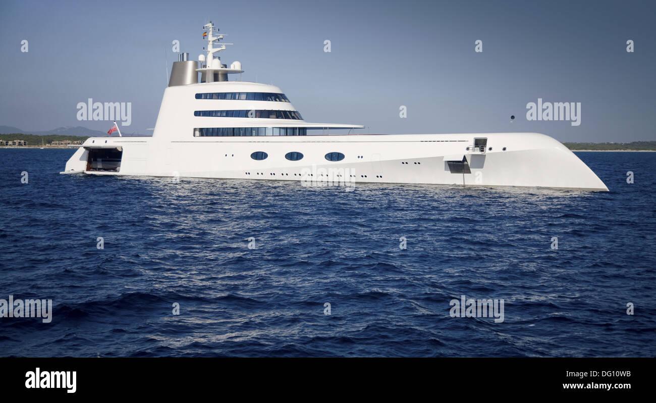 Superyacht abramovich  Roman Abramovich´s Yacht Stockfoto, Bild: 61488263 - Alamy