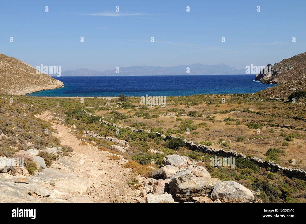 Fußweg zum Skafi Strand Tilos griechische Insel der Dodekanes-Griechenland Stockbild