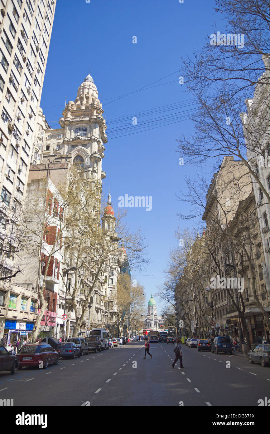 Kann Avenue am 13. September 2012 in Buenos Aires, Argentinien. Straße verbindet das rosa Haus mit dem Kongress Stockfoto
