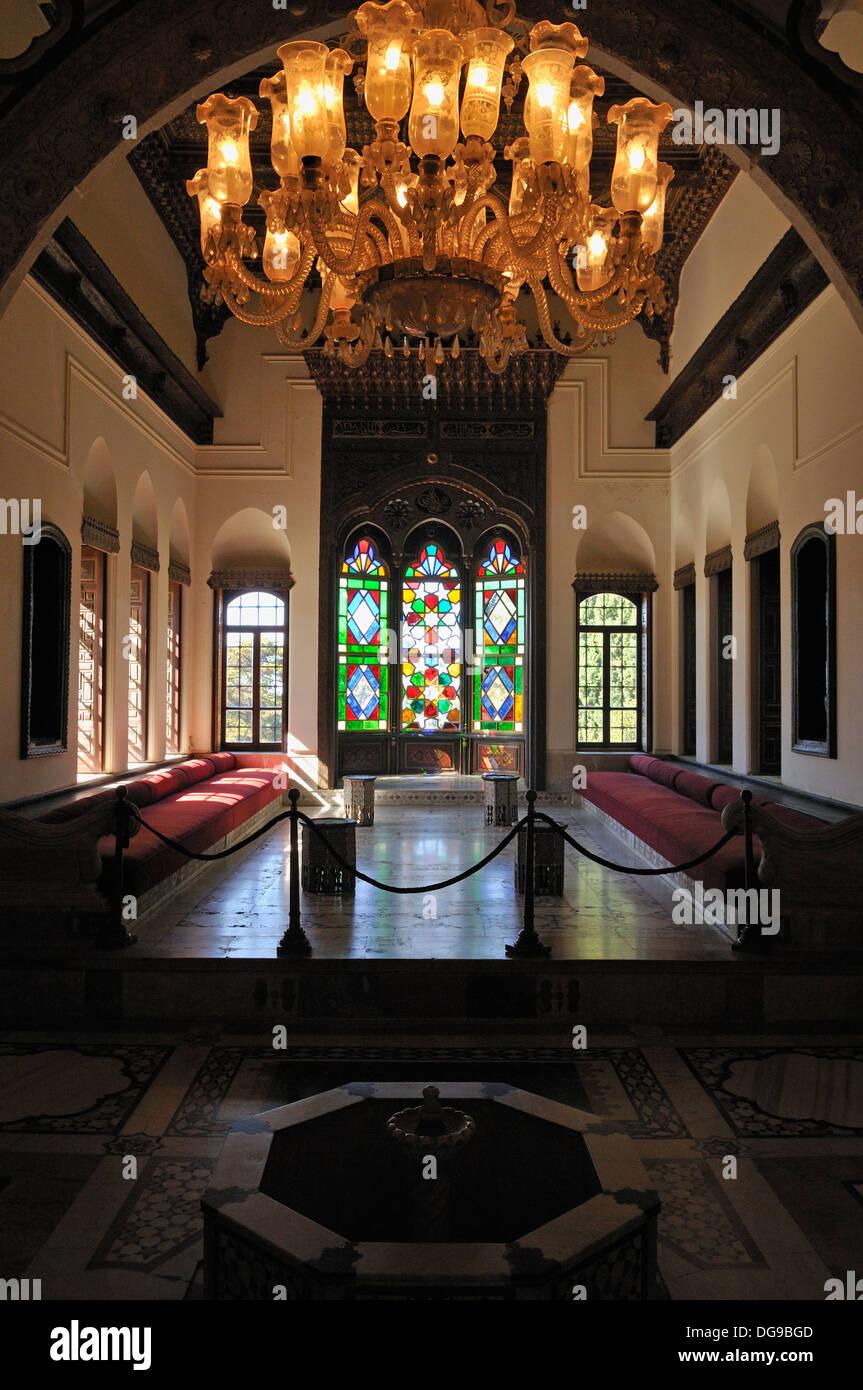Orientalisches Wohnzimmer In Dem Historischen Beit Ed Dine
