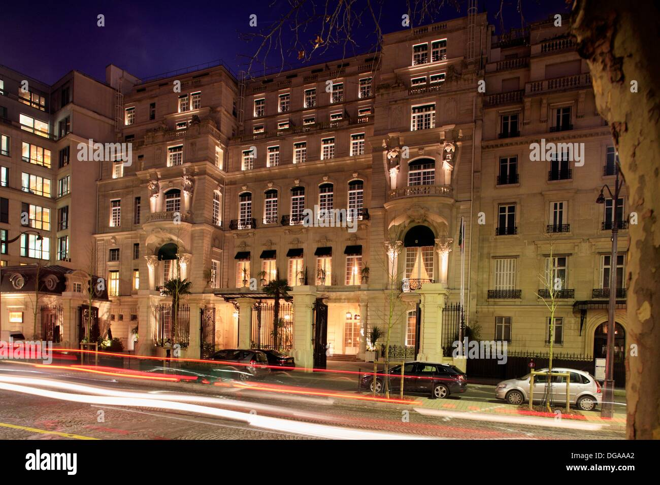 Die Aussenansicht Des Shangri La Hotel Paris Paris Frankreich
