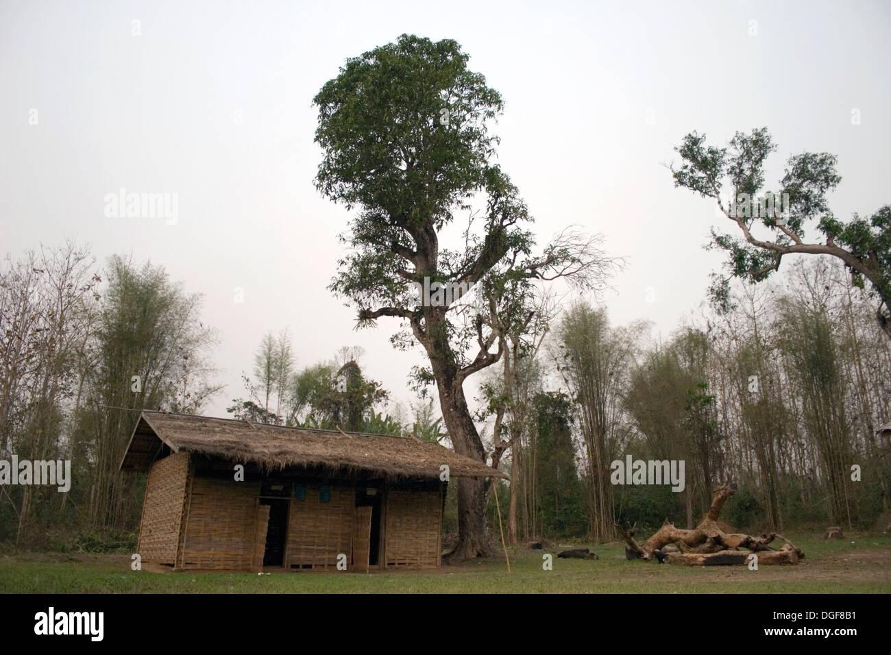 Das Marode Bambus Ban Bumlao Grundschule Zimmer Steht Leer In Ban