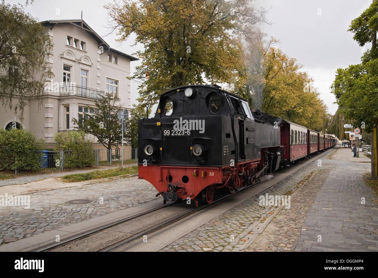 Baederbahn molli, eine Schmalspurige Dampf-Bahn betrieben, an der Goethestraße Bahnhof in Bad Doberan Stockfoto
