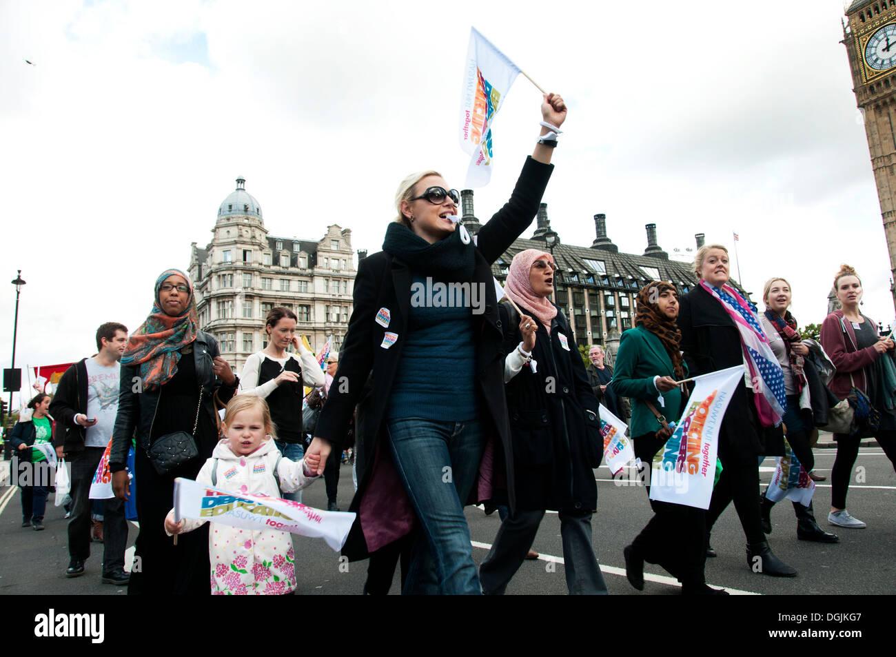 17. Oktober 2013. Lehrer demonstrieren gegen die vorgeschlagenen Änderungen zu den Pensionen Stockbild