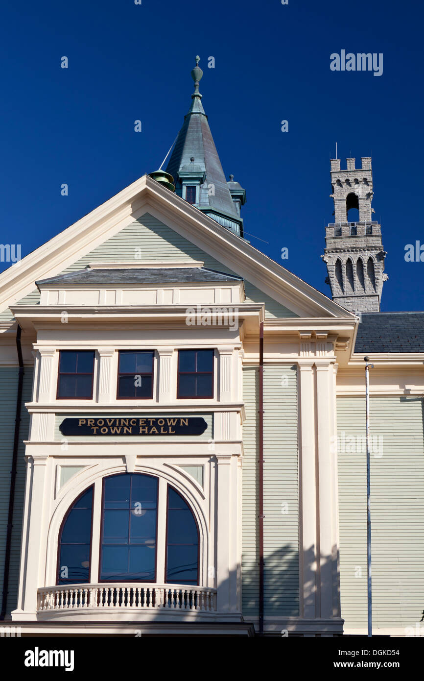 Fassade des Rathauses in Provincetown auf Cape Cod Stockfoto, Bild ...