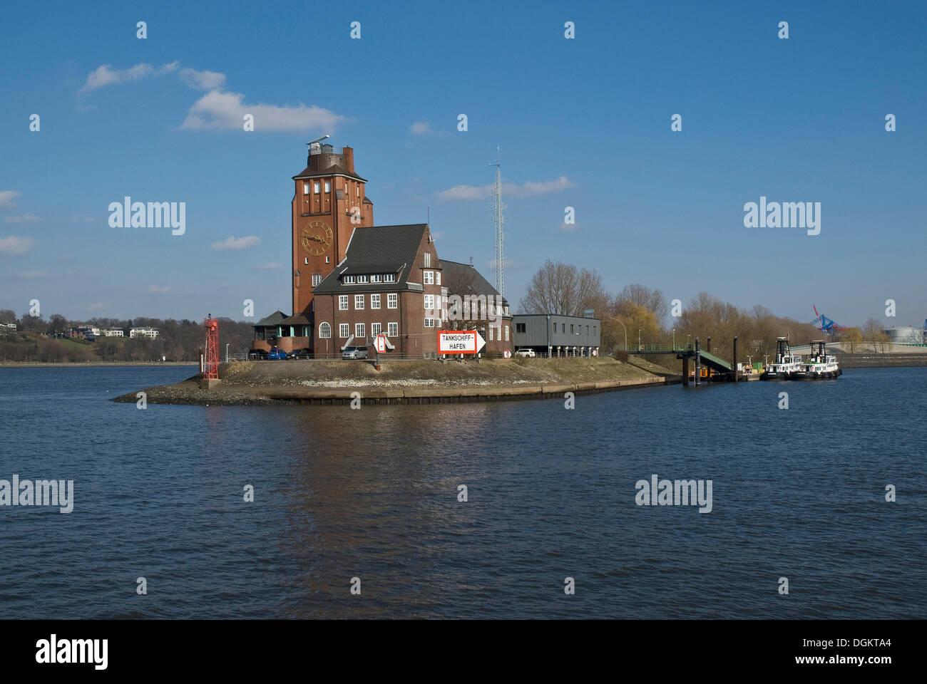 Der Hamburger Hafen, Eingang zum Tankschiffhafen, Tanker Hafen, Elbe River, Hamburg Stockbild