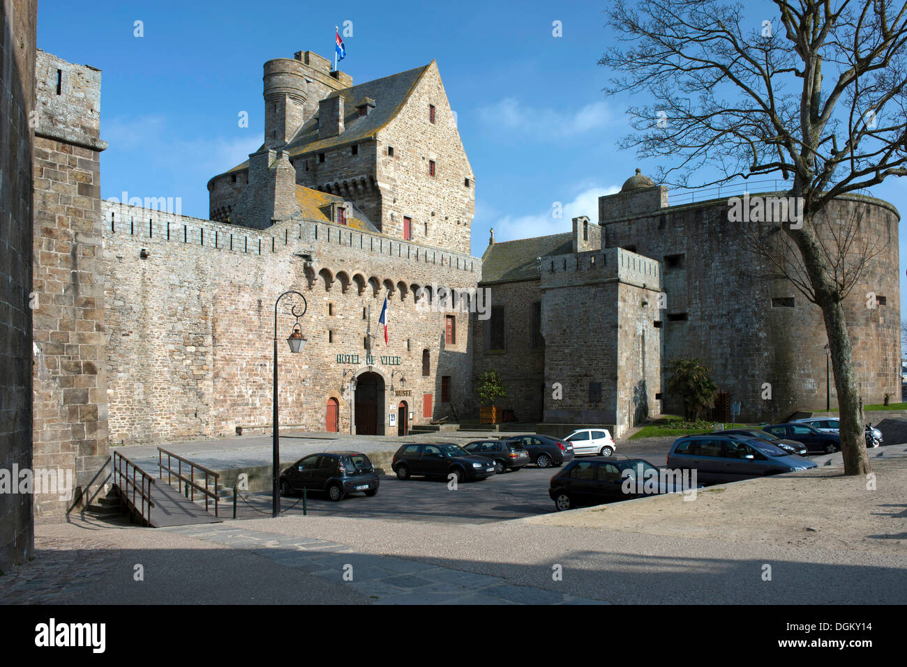 Rathaus, St. Malo, Bretagne, Frankreich, Europa Stockbild