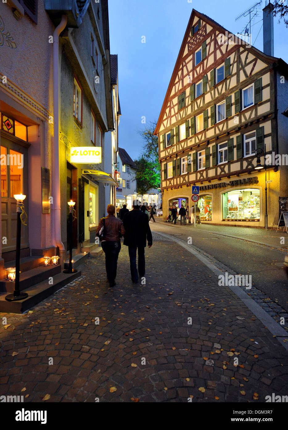 Waiblingen Leuchtet, Beleuchtung, Altstadt, Fachwerk Häuser, Marktplatz, Waiblingen, Rems-Murr-Kreis-Bezirk Stockbild