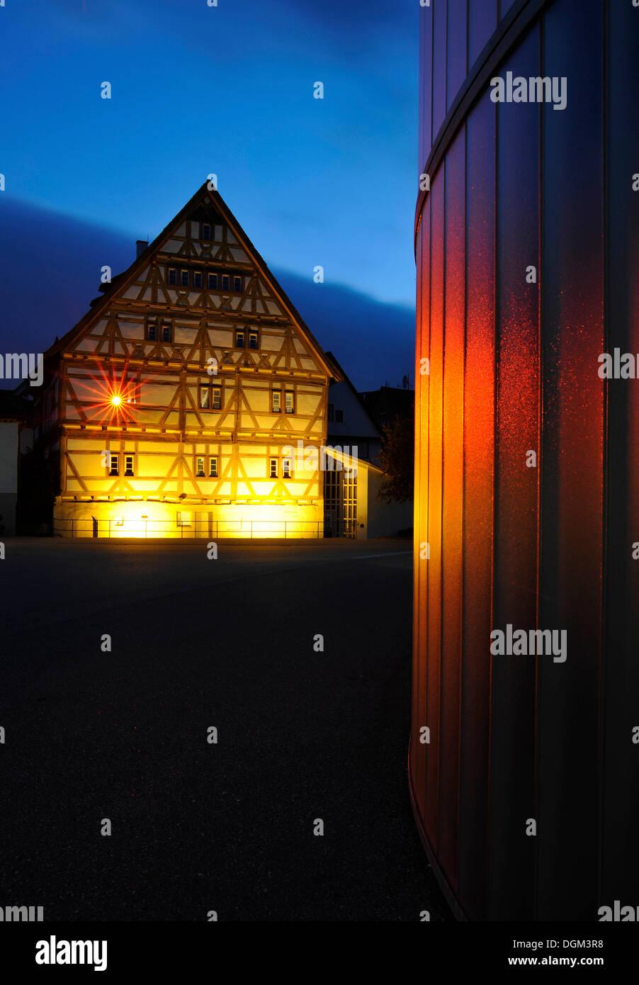 Waiblingen Leuchtet, Beleuchtung, Museum, Galerie Stihl, historische Altstadt, Fachwerk Häuser, Waiblingen Stockbild