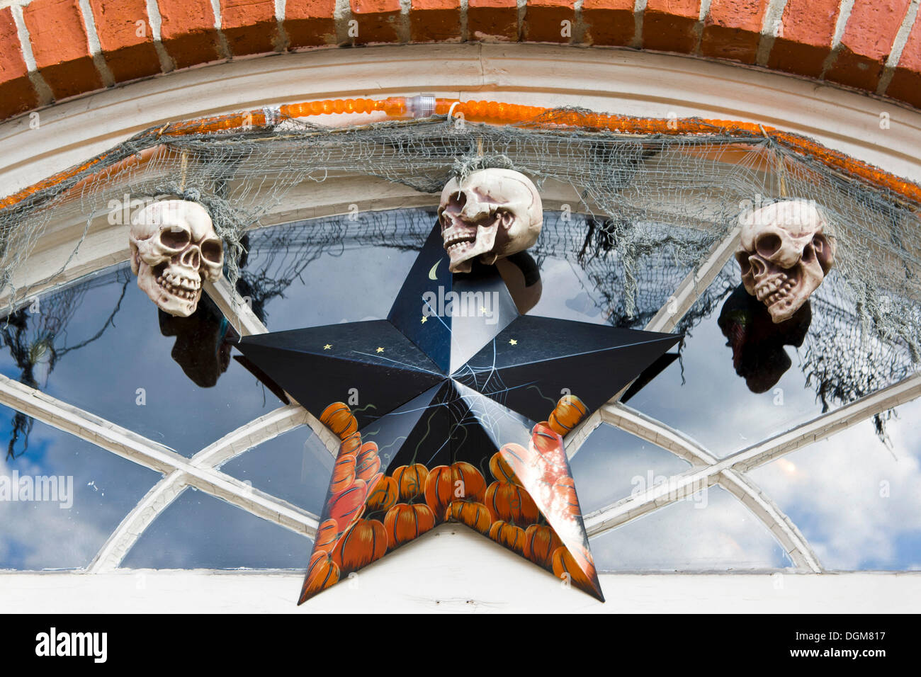 Halloween Dekoration Am Eingang Eines Ladens In Newburyport Massachusetts New England Usa Stockfotografie Alamy