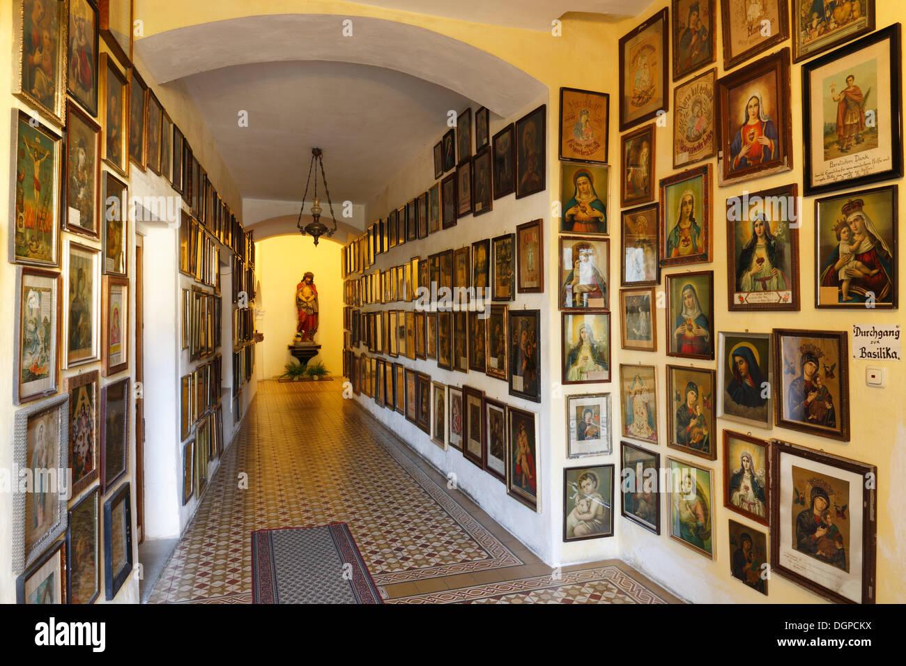 Marian Bilder, Votivbilder, Wallfahrt Kirche Maria Puchheim in Puchheim, Attnang-Puchheim, Hausruckviertel Bereich Stockbild