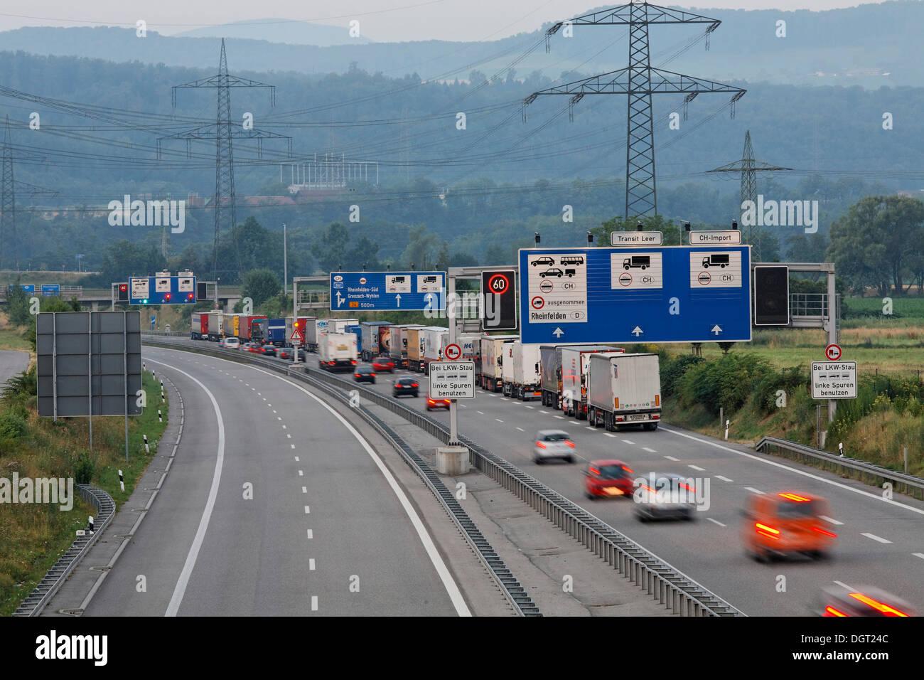 Grenze zwischen deutschland und der schweiz stau am for Thermalbad rheinfelden schweiz