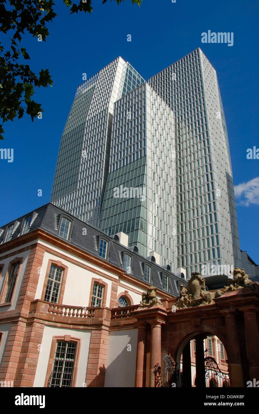 Tradition und moderne, Portal, kürzlich renovierte Palais Thurn & Taxis, Office Tower, PalaisQuartier, Innenstadt Stockbild